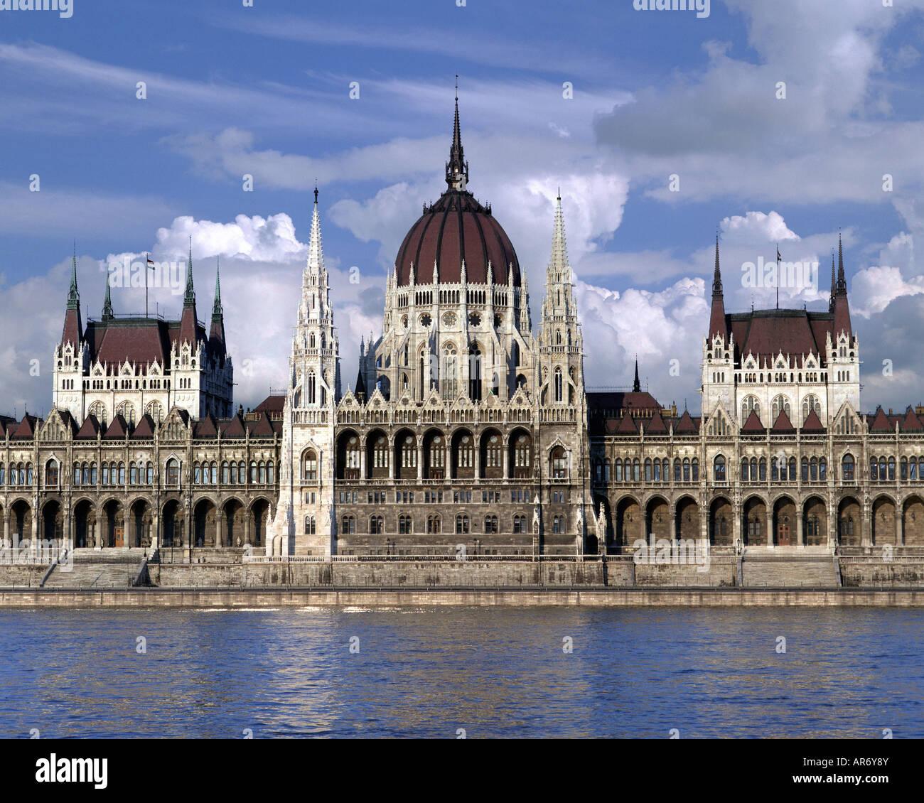 HU - BUDAPEST: Das ungarische Parlament Stockbild
