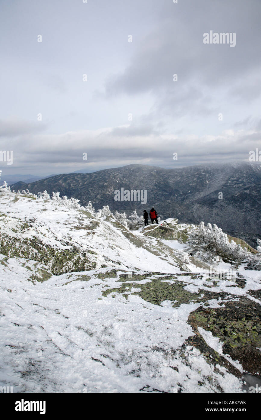 Appalachian Trail Rime Eis deckt den Gipfel des Mount Garfield in den Wintermonaten befindet sich in der White Mountains Stockbild