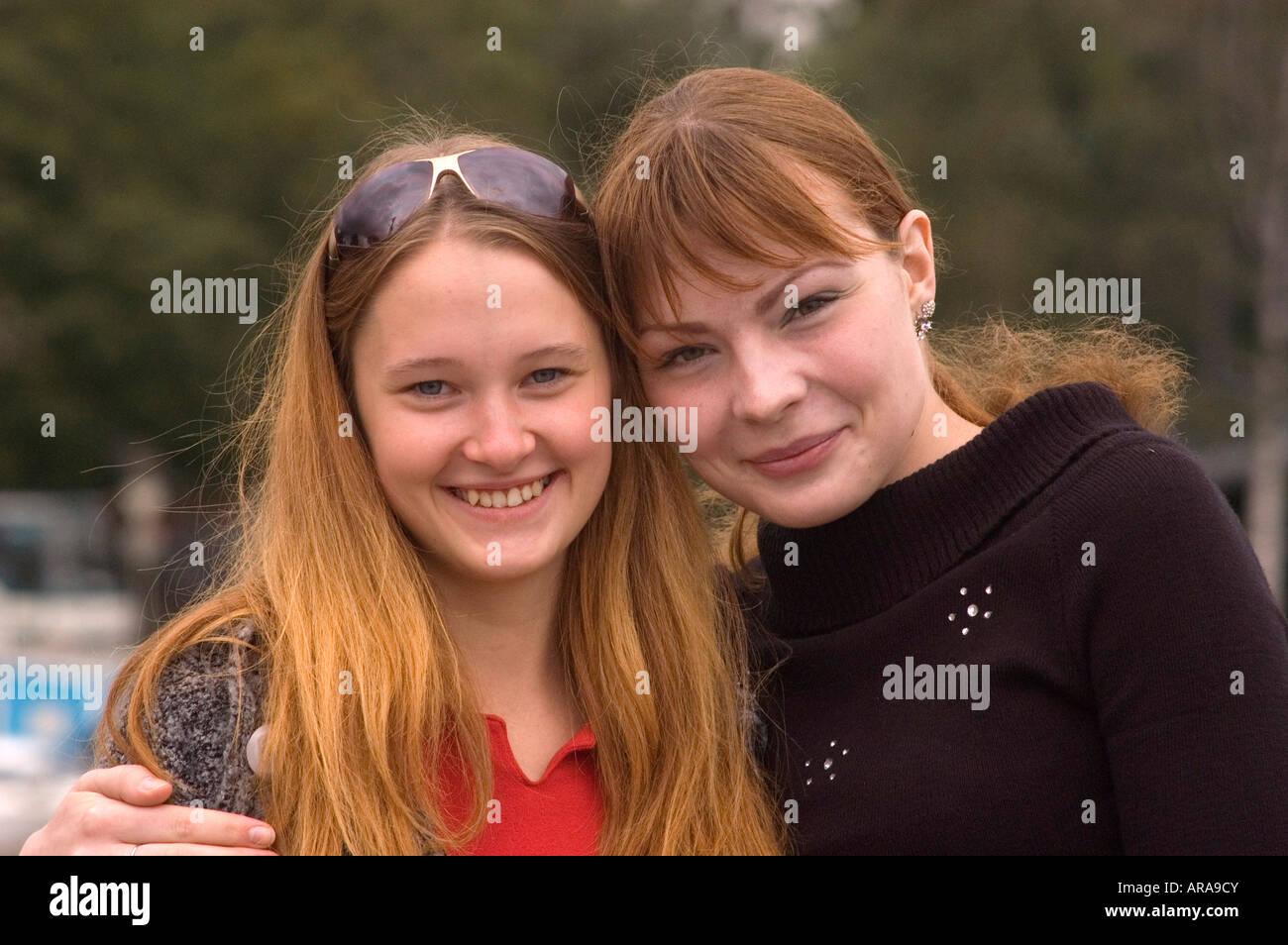 Russische frauen bilder Neue Frauen,
