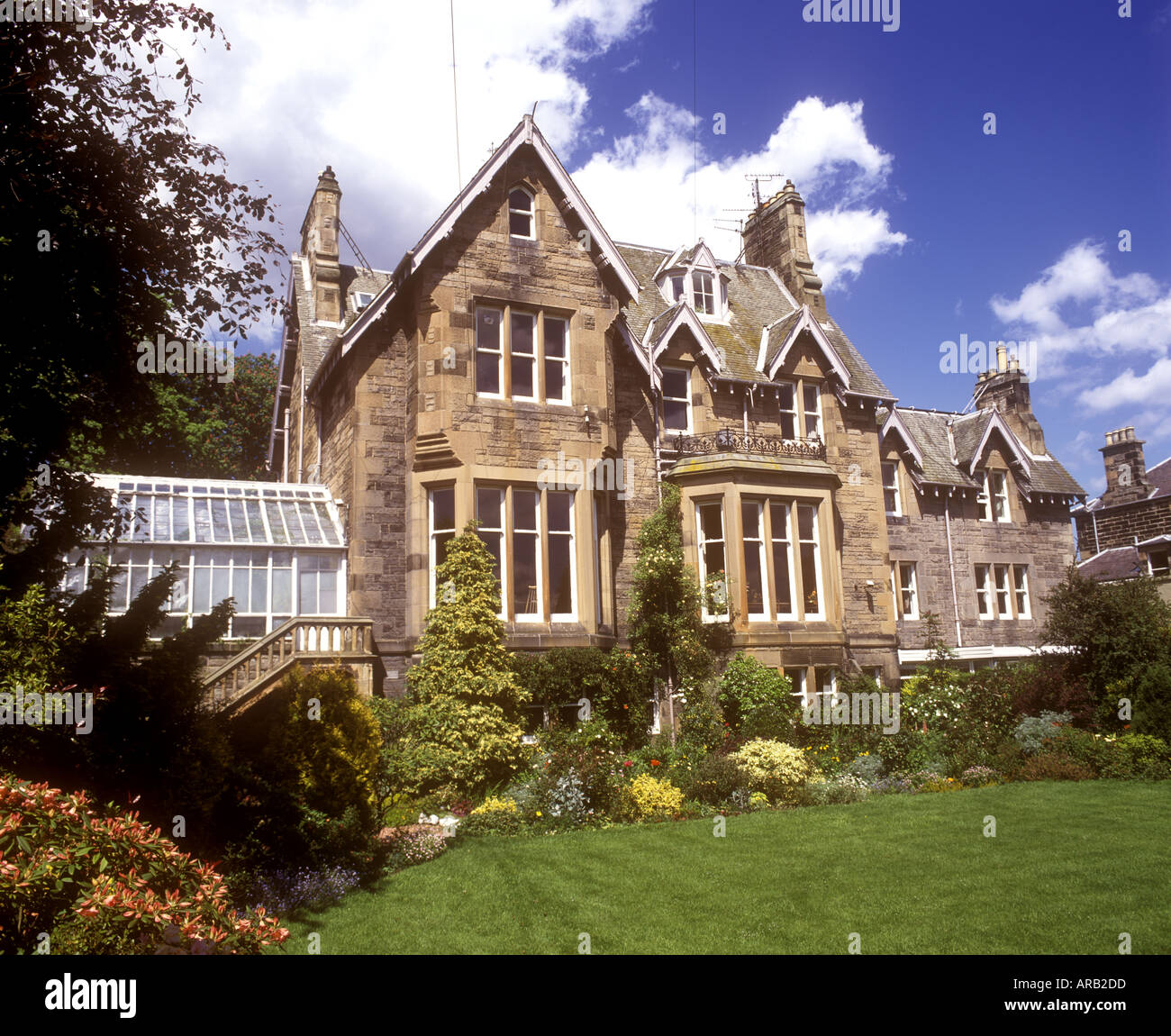viktorianischen herrenhaus edinburgh schottland stockfoto bild 1553116 alamy. Black Bedroom Furniture Sets. Home Design Ideas
