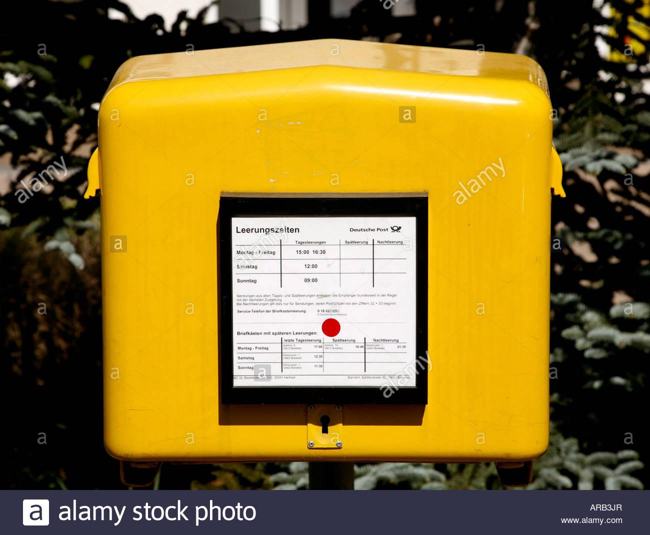 Briefkasten Der Deutschen Post Stockfoto Bild 15997966 Alamy