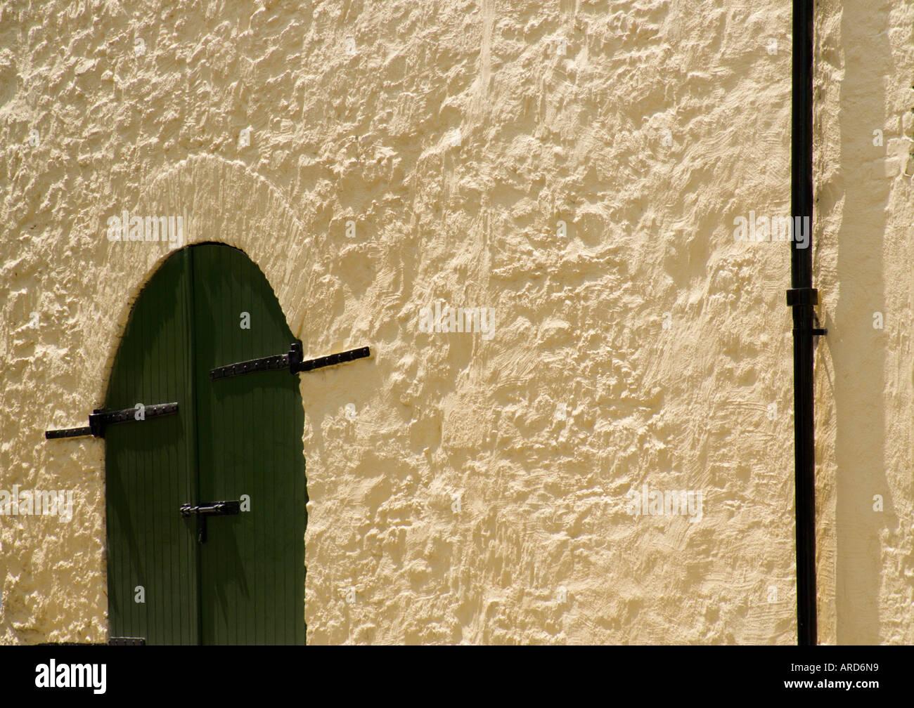 s d west irland west cork kinsale saubere farbe und lack auf alten b rgerh usern stockfoto bild. Black Bedroom Furniture Sets. Home Design Ideas