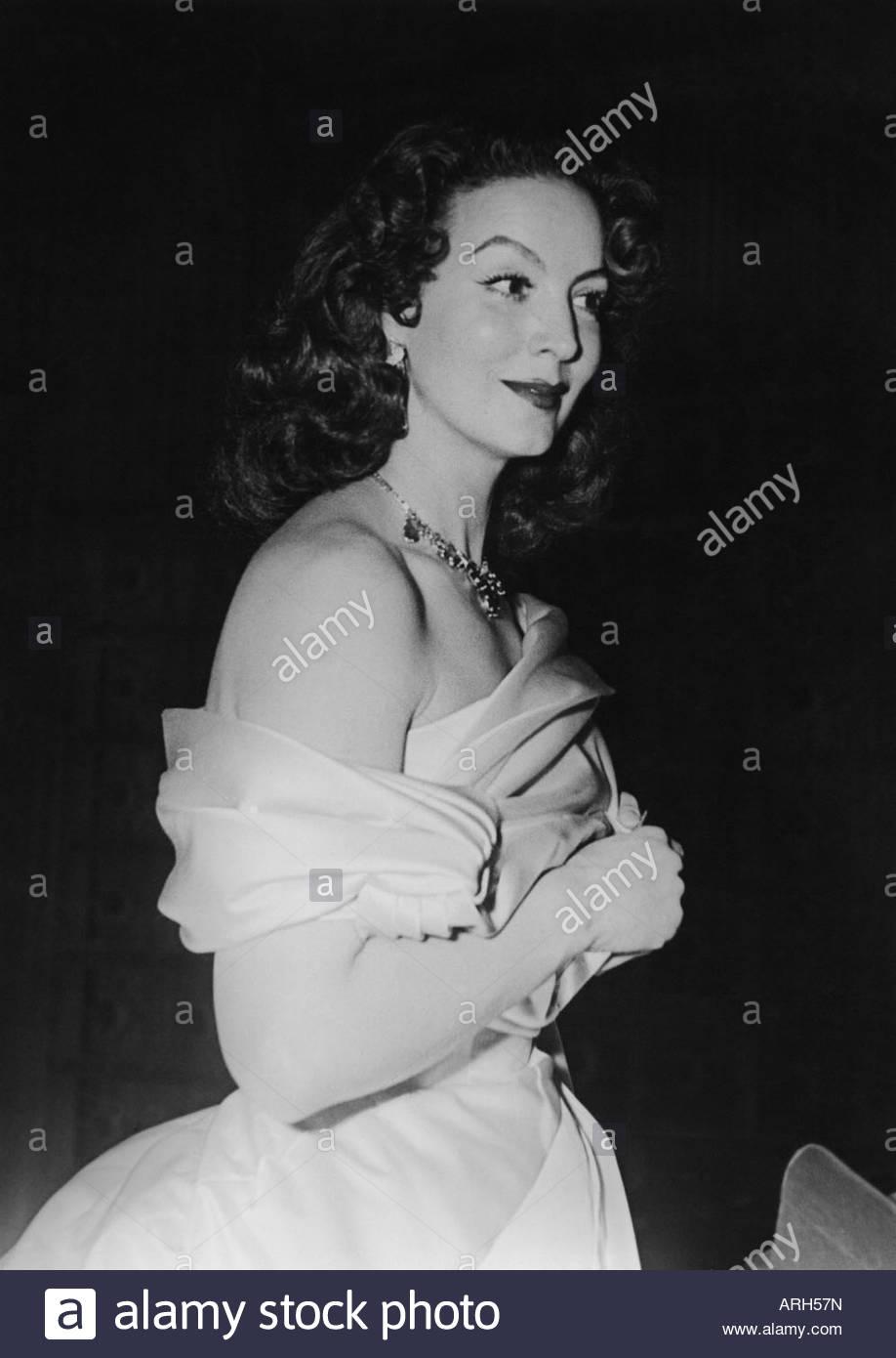 Felix, Maria, 8.4.1914 - 8.4.2002, mexikanische Schauspielerin, halbe Länge, während der Film Premiere, Stockbild