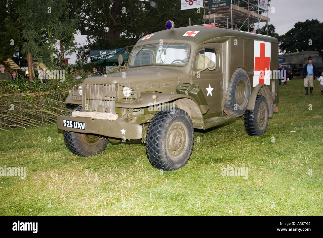 army ambulance stockfotos army ambulance bilder alamy. Black Bedroom Furniture Sets. Home Design Ideas