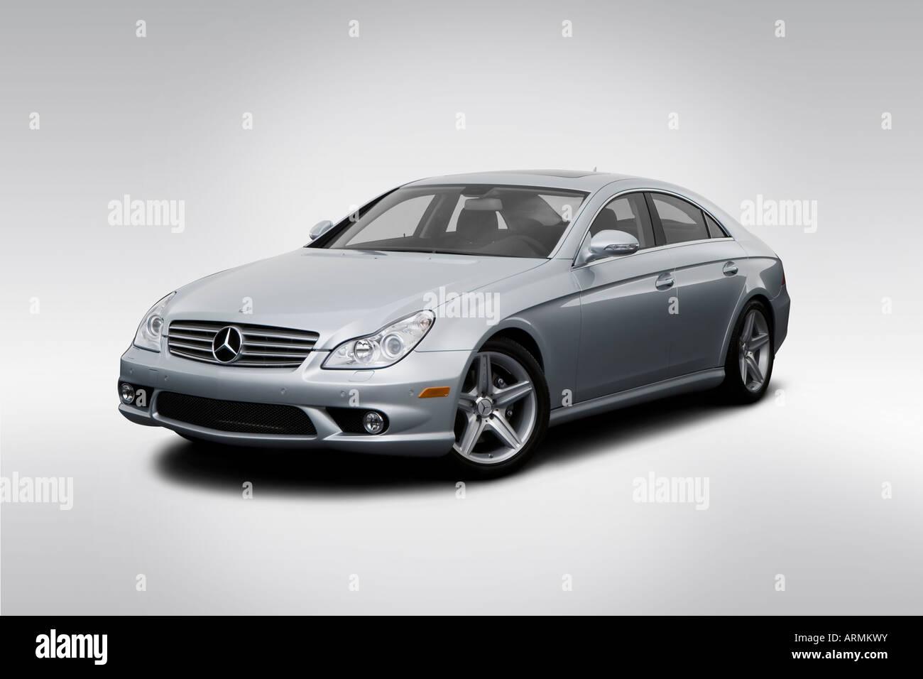 2008 Mercedes Benz Cls Klasse Cls550 In Silber Winkel Rims Vorderansicht