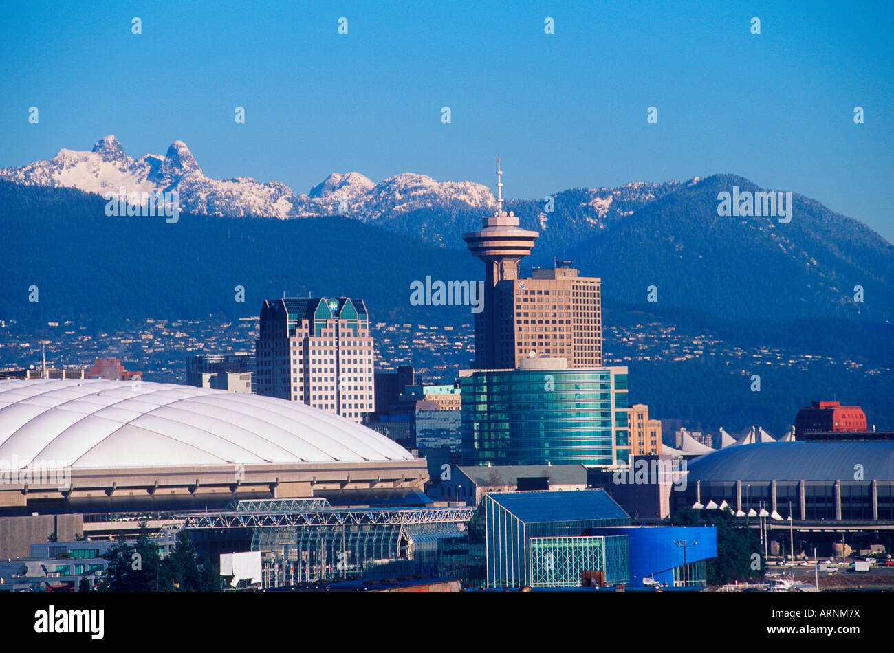 Skyline der Innenstadt von Gebäuden mit BC und GM Place, Vancouver, Britisch-Kolumbien, Kanada. Stockfoto