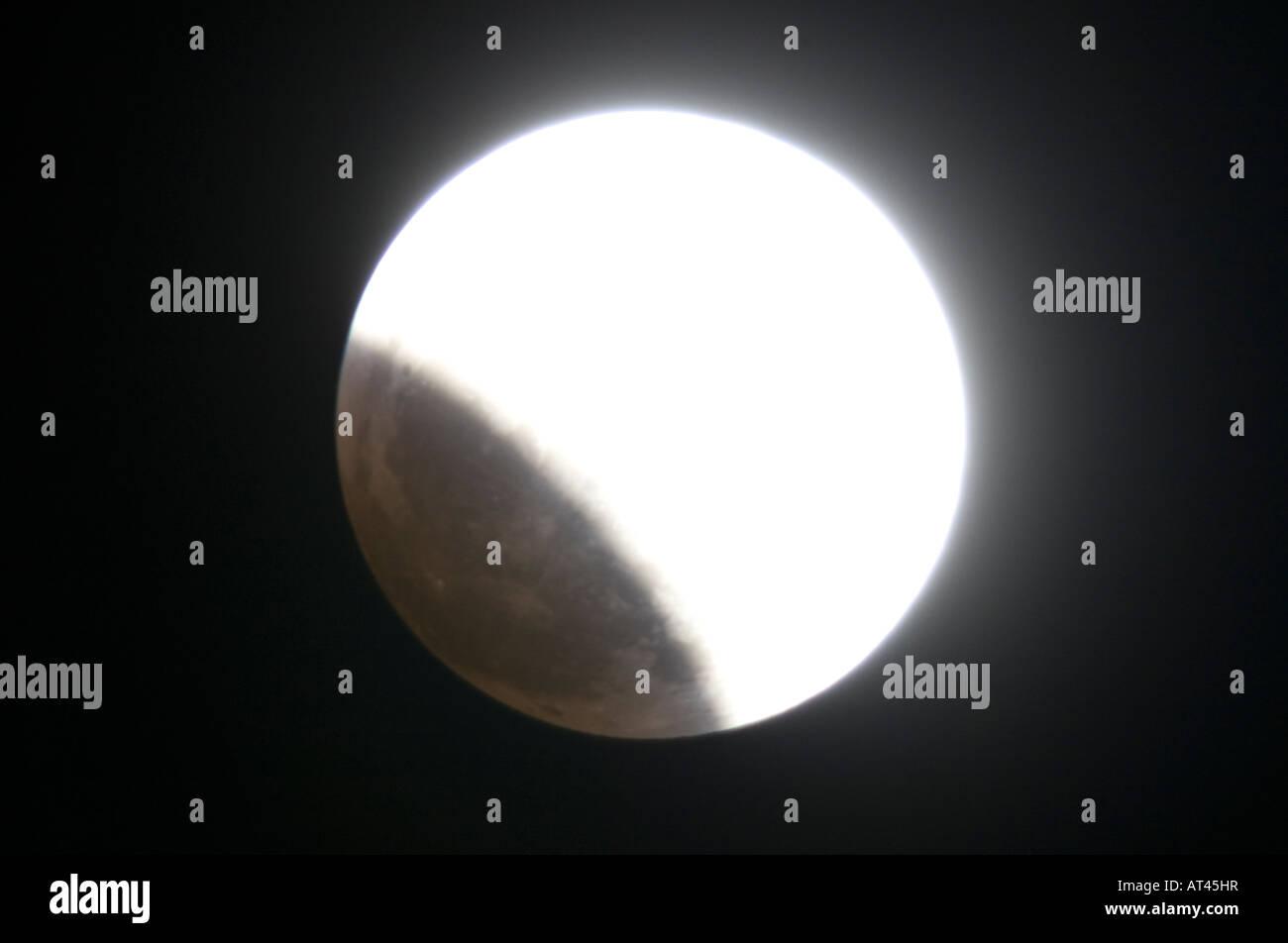 Eine totale Mondfinsternis am 20. Februar 2008 Stockbild