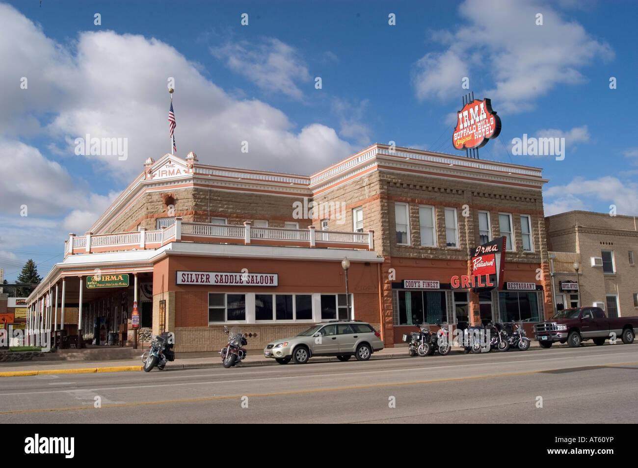 Buffalo Bill Hotel Irma und Silber Sattel Salon befinden sich im Zentrum von Cody, WY. Stockbild