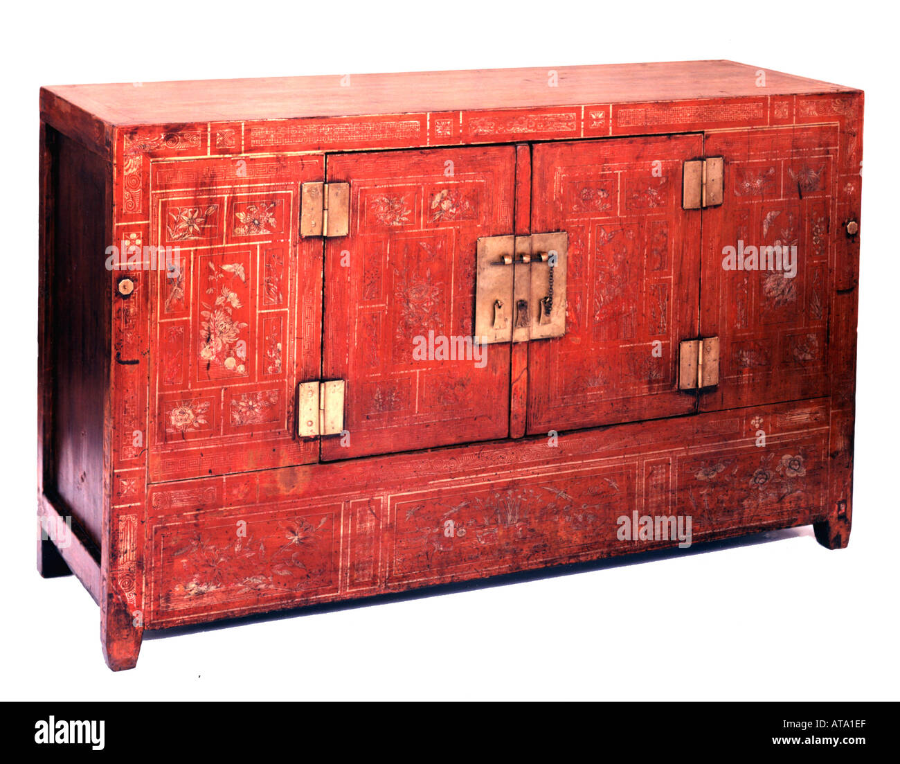 Chinese Antique Painted Cupboard Stockfotos & Chinese Antique ...