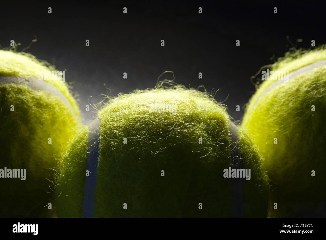 Drei Tennisbälle, extreme Nahaufnahme Stockbild