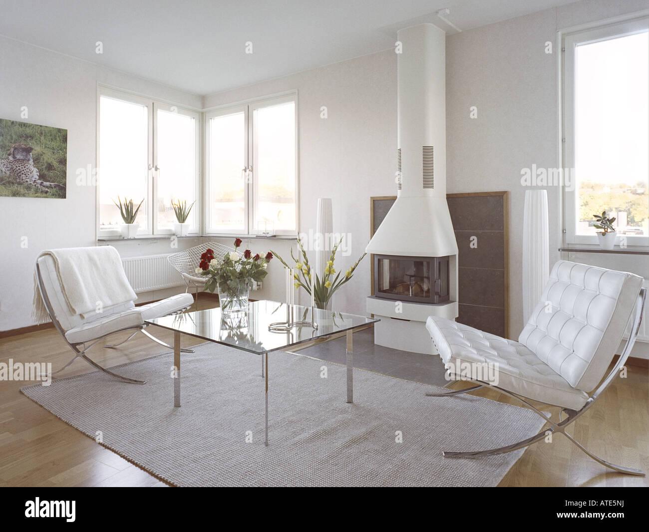 Moderne Trendige Skandinavische Inneneinrichtung Kamin Glas Stockfotografie Alamy
