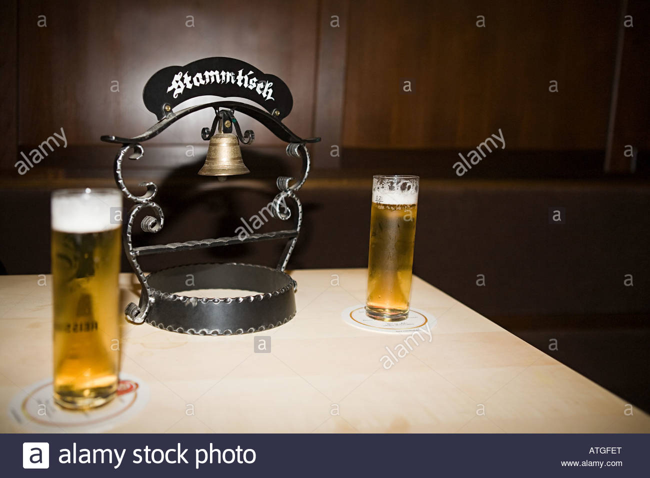 germany drinking pub stockfotos germany drinking pub bilder alamy. Black Bedroom Furniture Sets. Home Design Ideas