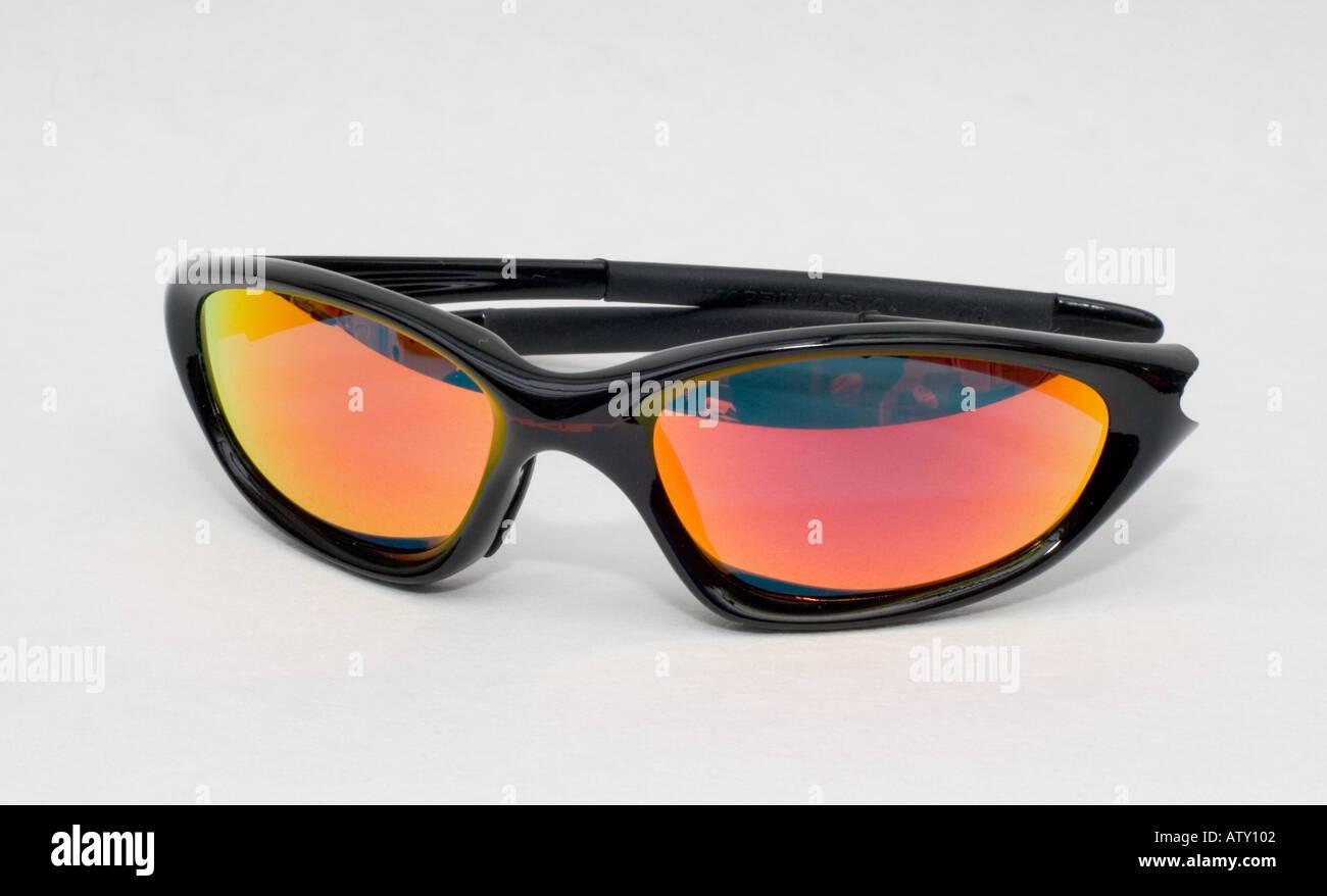 Erfreut Oakley Draht Sonnenbrille Ideen - Elektrische Schaltplan ...