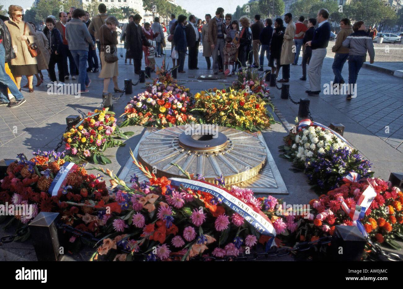 PARIS-Grab des unbekannten Soldaten unter dem Arc de Triomphe Stockbild