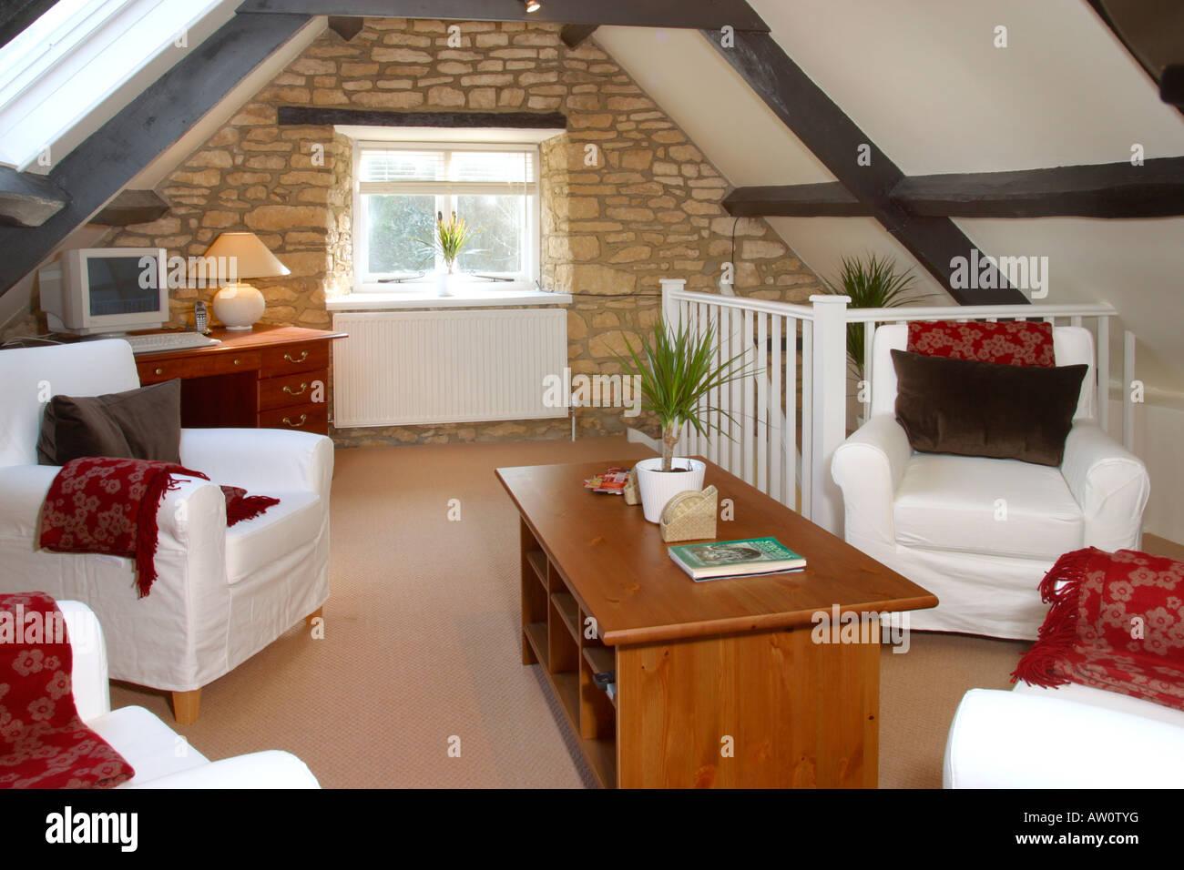 UK Property, House Innenraum, Dachgeschoss Wohnzimmer.