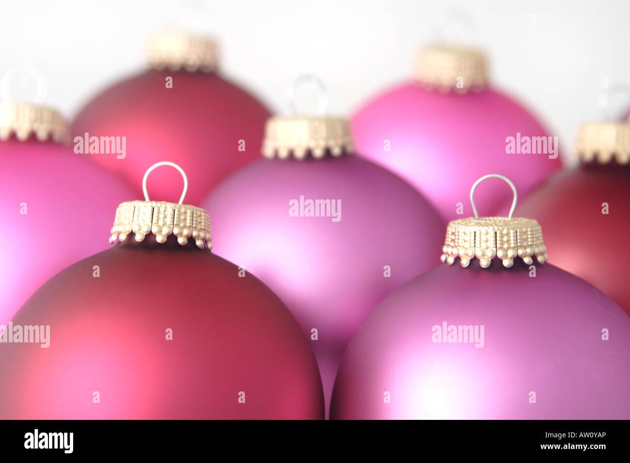 Rote Christbaumkugeln Glas.Rosa Und Rote Christbaumkugeln Stockfoto Bild 16429293 Alamy