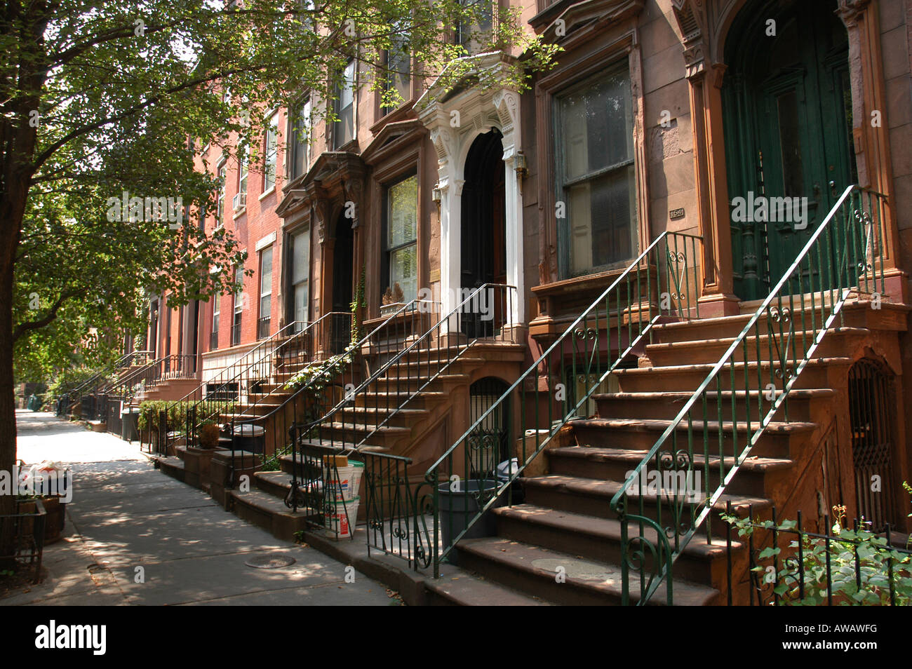 h user in brooklyn heights new york usa stockfoto bild 16522755 alamy. Black Bedroom Furniture Sets. Home Design Ideas