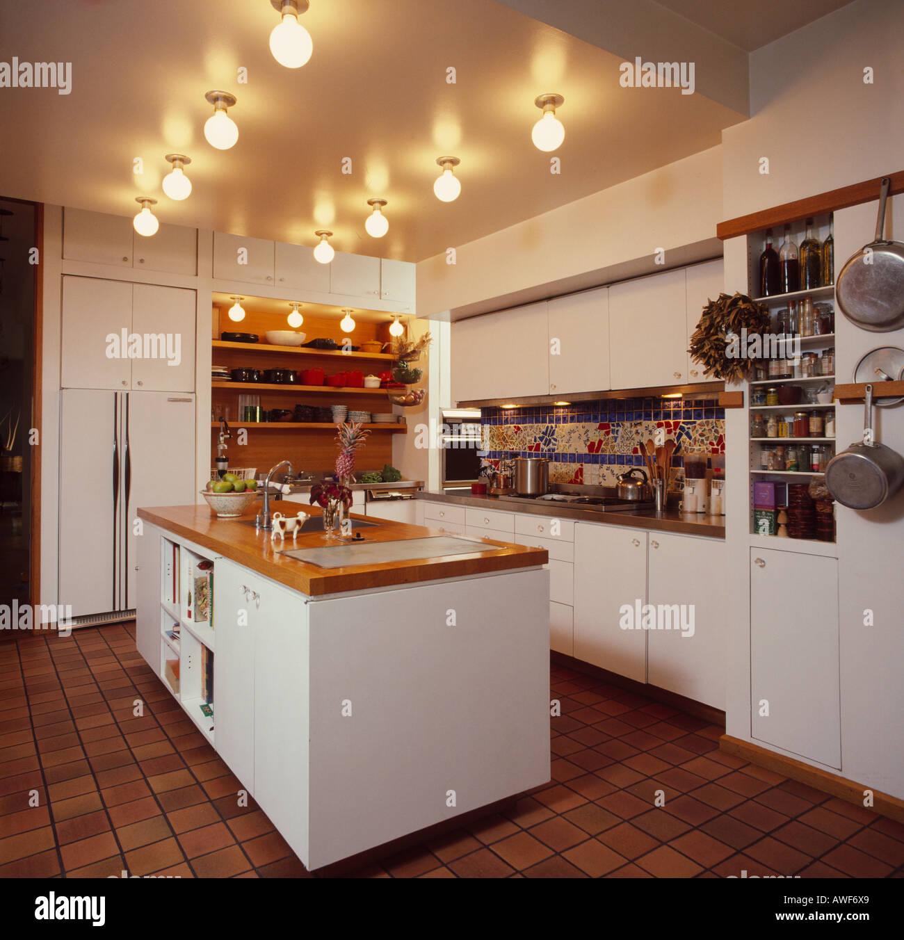 Groß Küche Beleuchtung Ideen Uk Zeitgenössisch - Küchenschrank Ideen ...