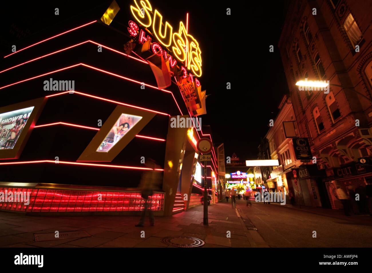 Neon Lights - Hamburg, St. Pauli, Reeperbahn bei Nacht