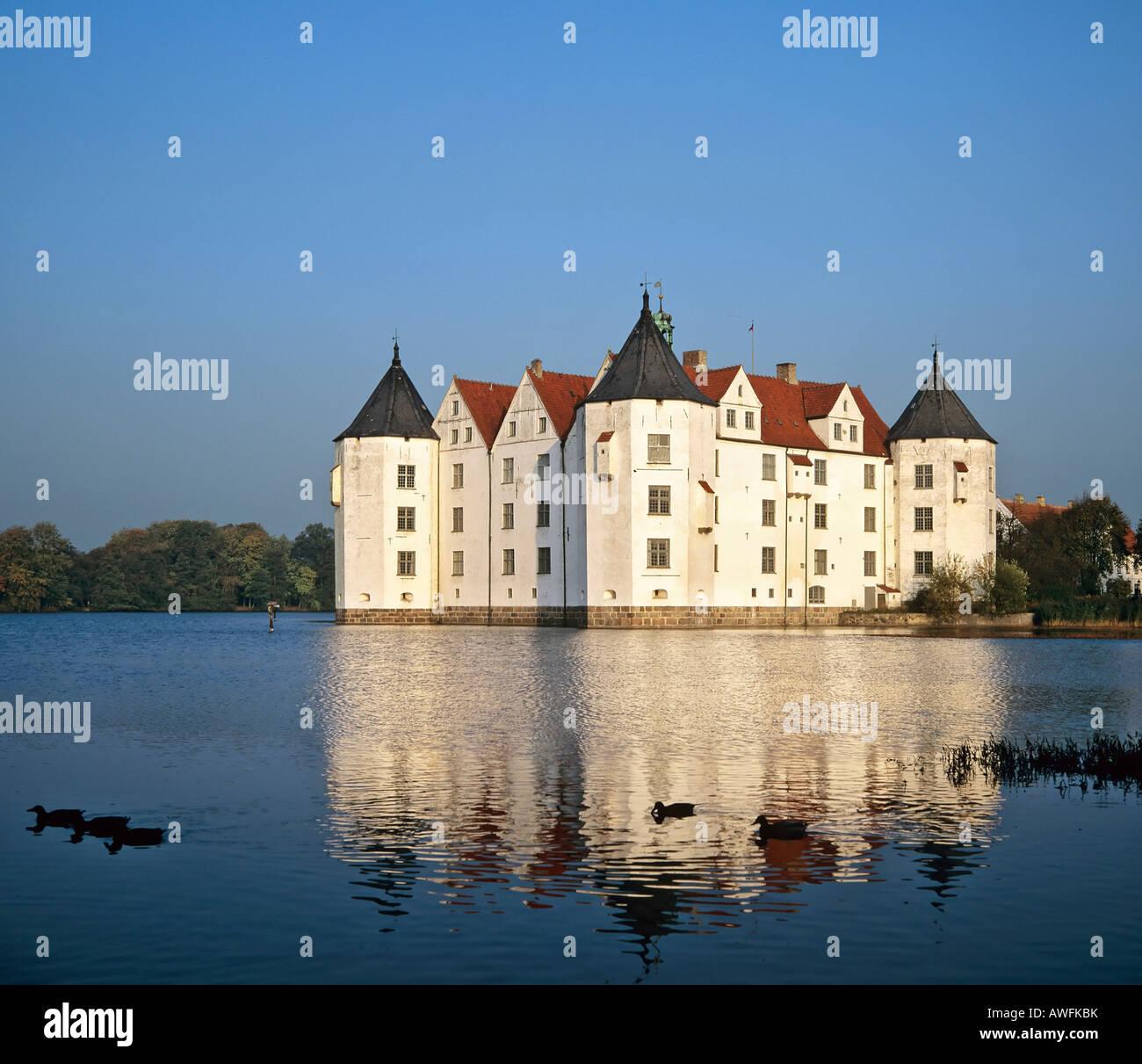 Schloss gl cksburg gl cksburg schloss flensburger f rde schleswig holstein deutschland - Architektur flensburg ...