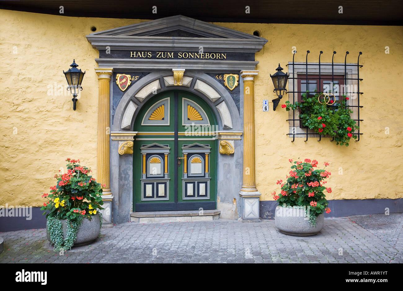 haus zum sonneborn historisches haus errichtet 1536 momentan benutzt als ein standesamt in. Black Bedroom Furniture Sets. Home Design Ideas