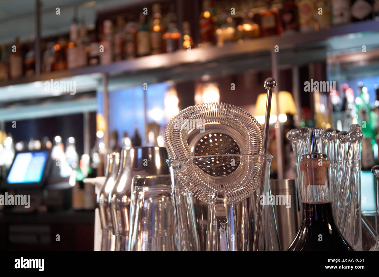 Back Bar Stockfotos & Back Bar Bilder - Alamy