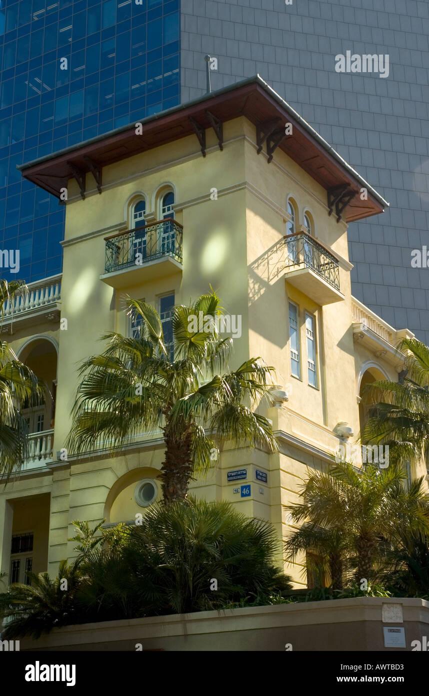 Israel Tel Aviv Rothschild Allee CU einer renovierten Villa ...