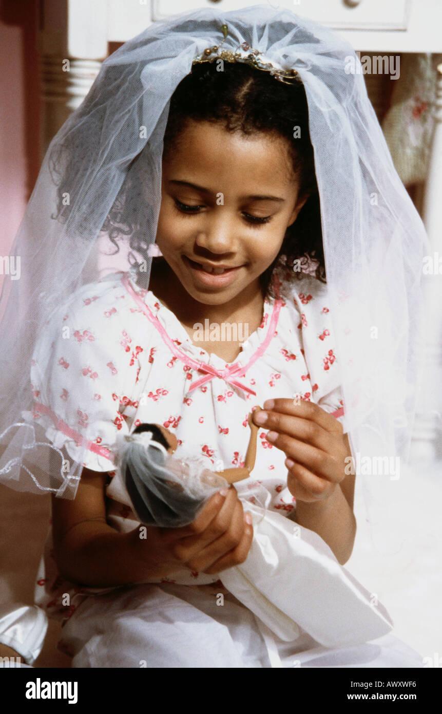 Ziemlich Barbie Spiele Verkleiden Hochzeit Galerie - Brautkleider ...