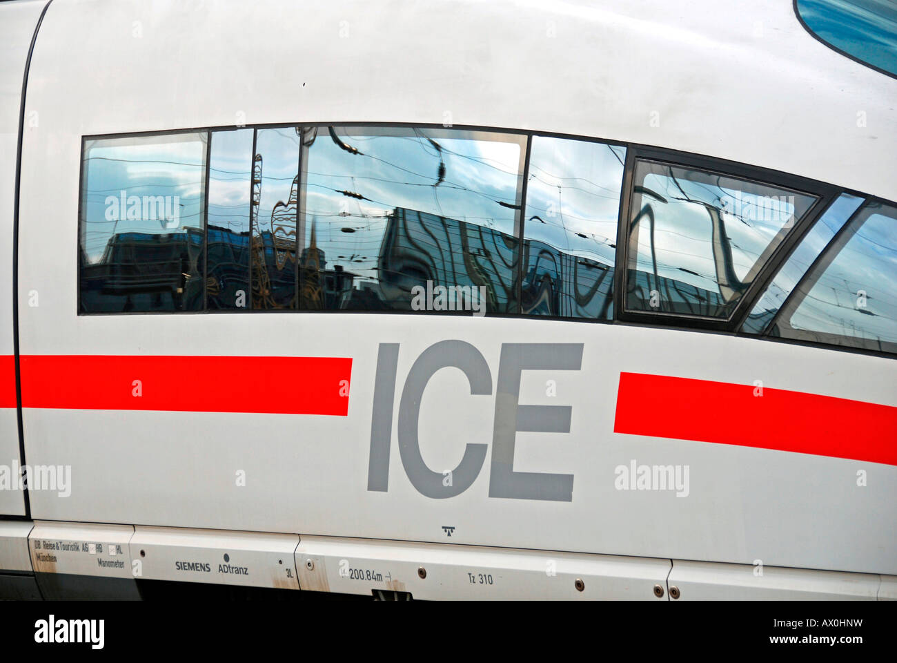 ICE 3, Hauptbahnhof, Köln, Nordrhein-Westfalen, Deutschland Stockbild