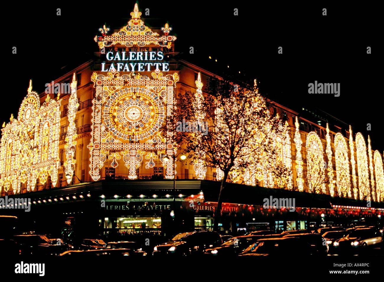 Galeries la fayette stockfotos galeries la fayette for Interieur aussprache