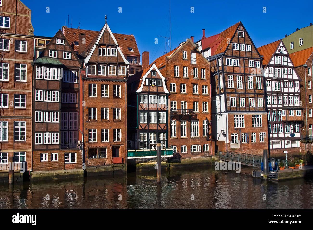 Historische Fachwerkhäuser in Hamburg, Deichstraße und Nikolaifleet Altstadt Bezirk, Hamburg, Deutschland, Stockbild
