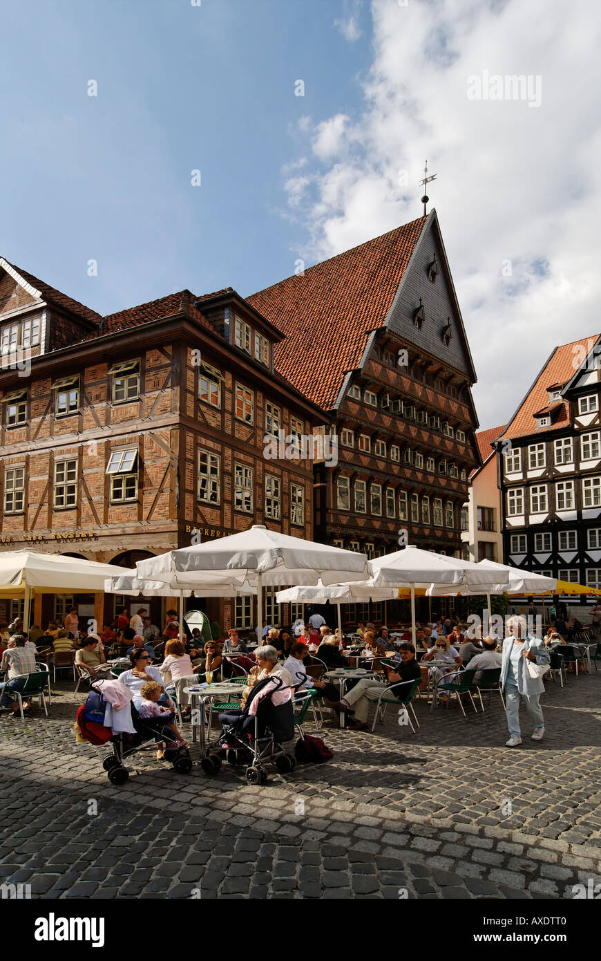 Hildesheim-Niedersachsen-Deutschland-Rahmen Häuser am Marktplatz ...