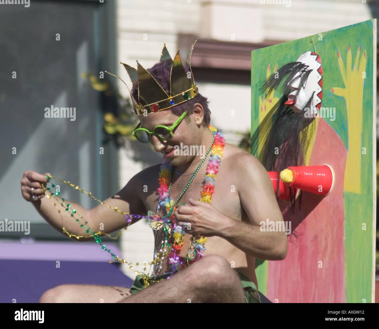 Dieser Teilnehmer Doo Dah Parade 2005 verspottet auch die Karneval parade Stockfoto