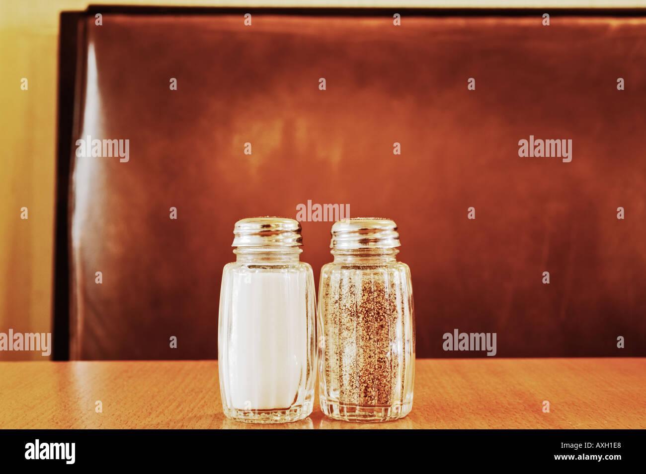 Salz und Pfefferstreuer Stockbild