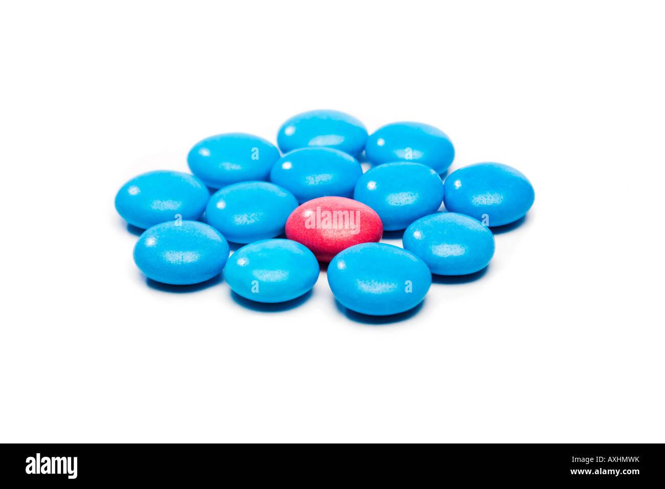 Farbigen Süßigkeiten verwendet, um das Konzept des Schutzes, der Aufnahme oder der Individualität Stockbild