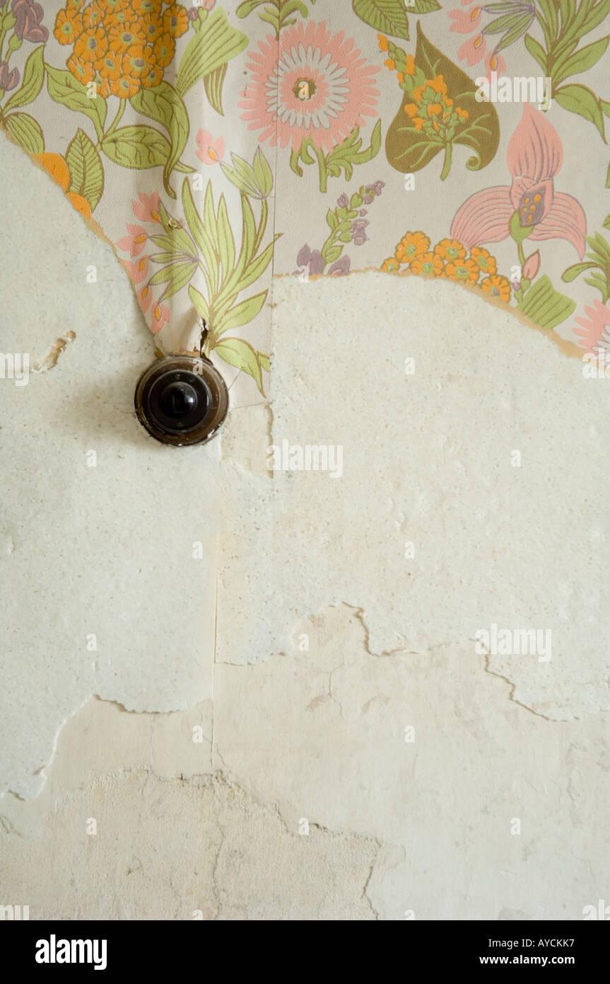 Lichtschalter auf verfallenes Haus Wand Stockfoto, Bild: 9752182 - Alamy