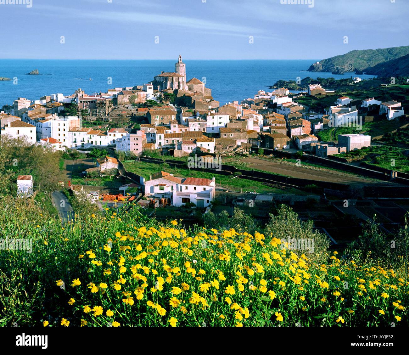 ES - CATALONIA: Dorf von Cadaques Stockbild