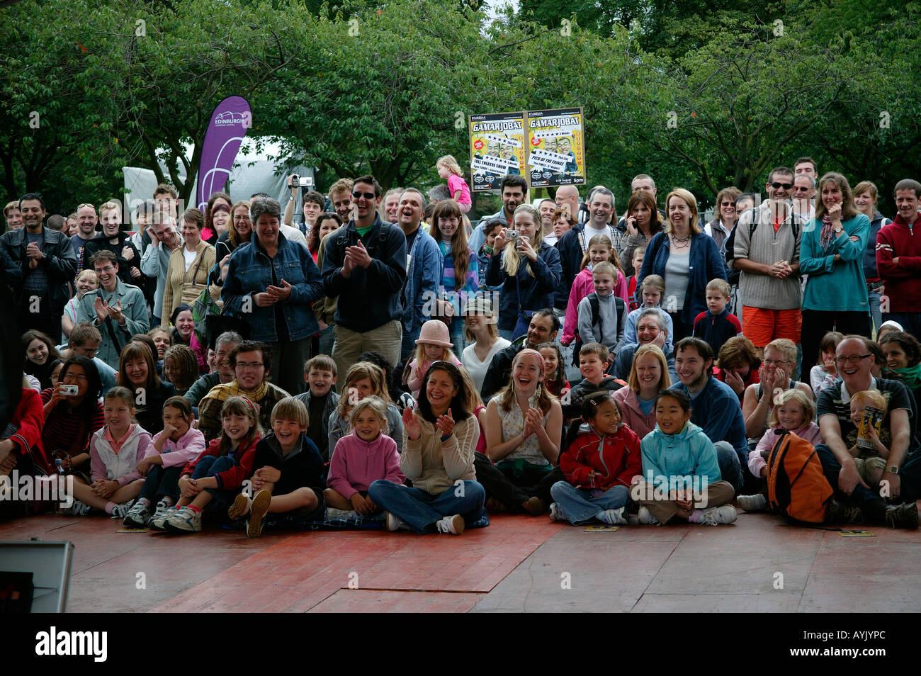 Edinburgh Fringe Festival Publikum, Schottland Stockbild
