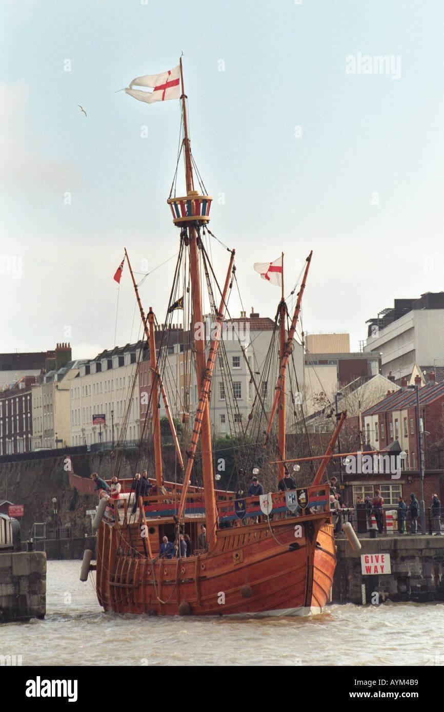Nachbau des 15 jahrhundert segelschiff the matthew in for Designermobel nachbau england