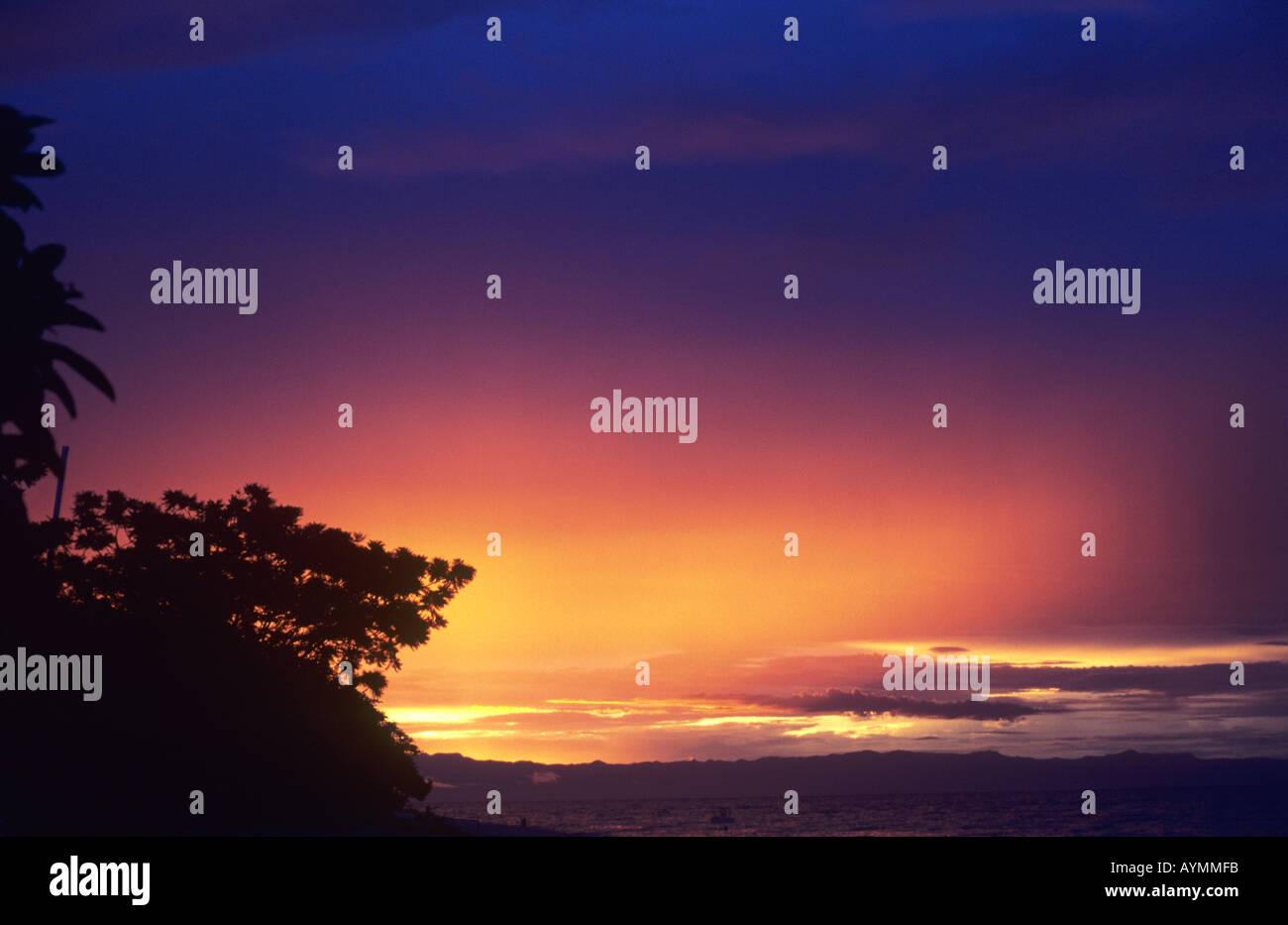 Sonnenuntergang - in der Nähe des Dorfes Chembe, Cape Maclear, Lake Malawi, Malawi Stockfoto