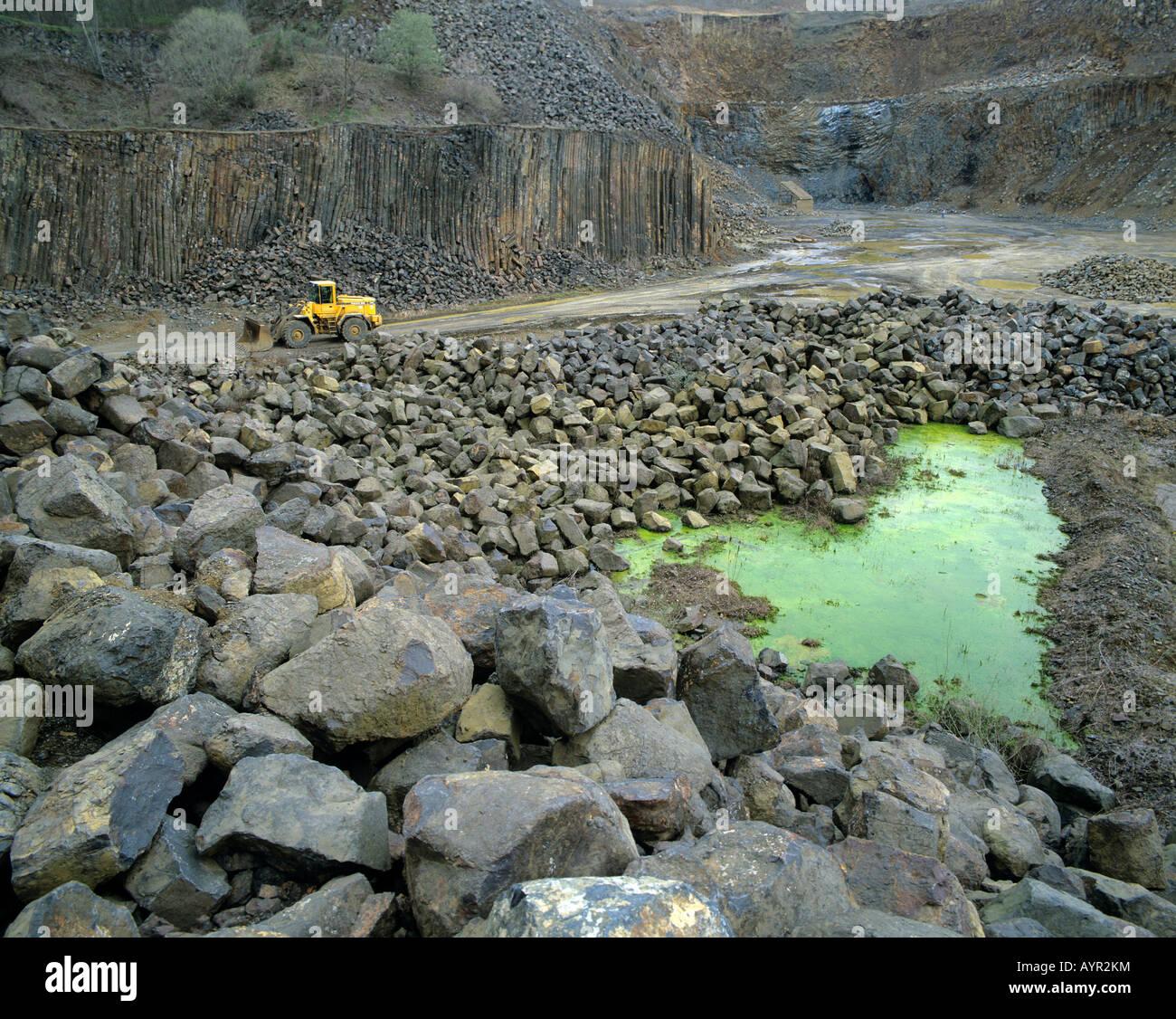 Basaltsteinbruch, Biotop Stockbild