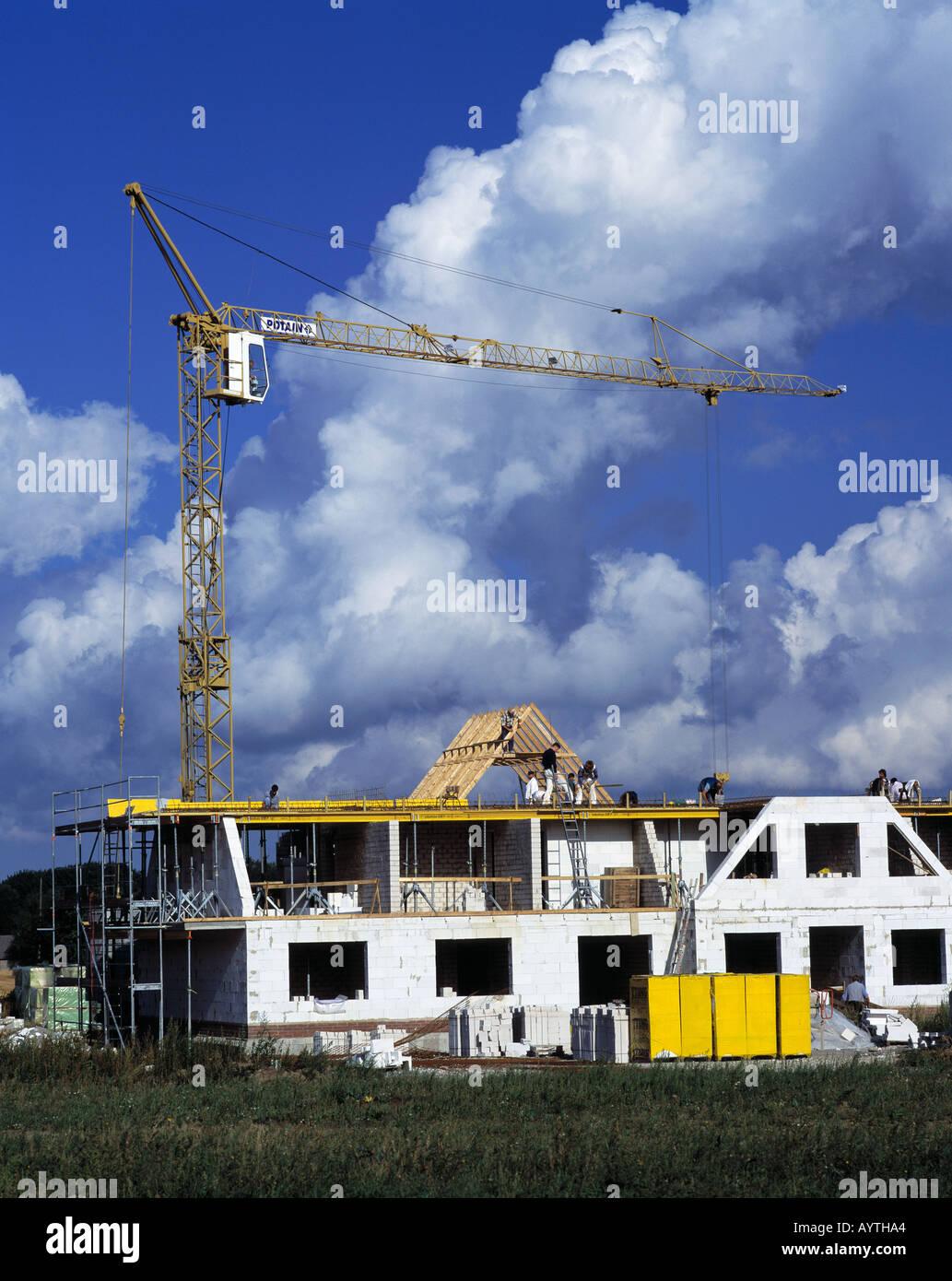 Schale Bürgerlichen Haus Wohngebäude Mit Gerüst Hausfassade Bau