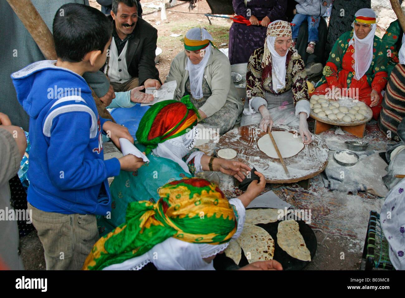 Kurdische Frauen Stockfotos Kurdische Frauen Bilder Alamy