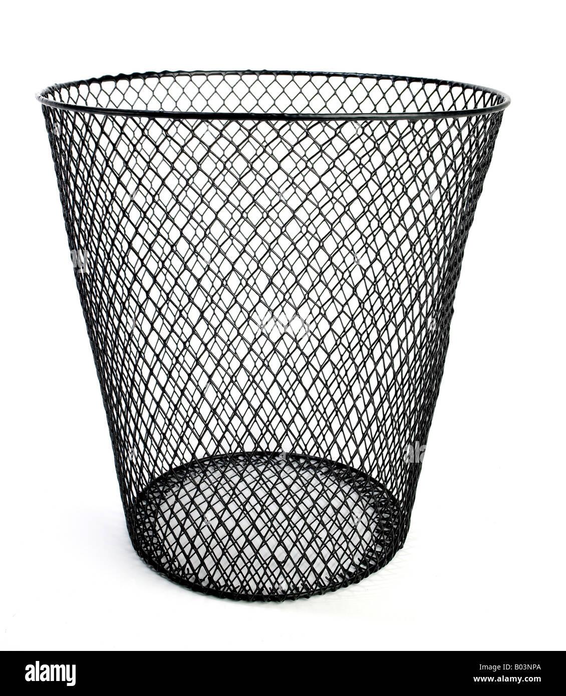 Waste Paper Basket Stockfotos & Waste Paper Basket Bilder - Alamy