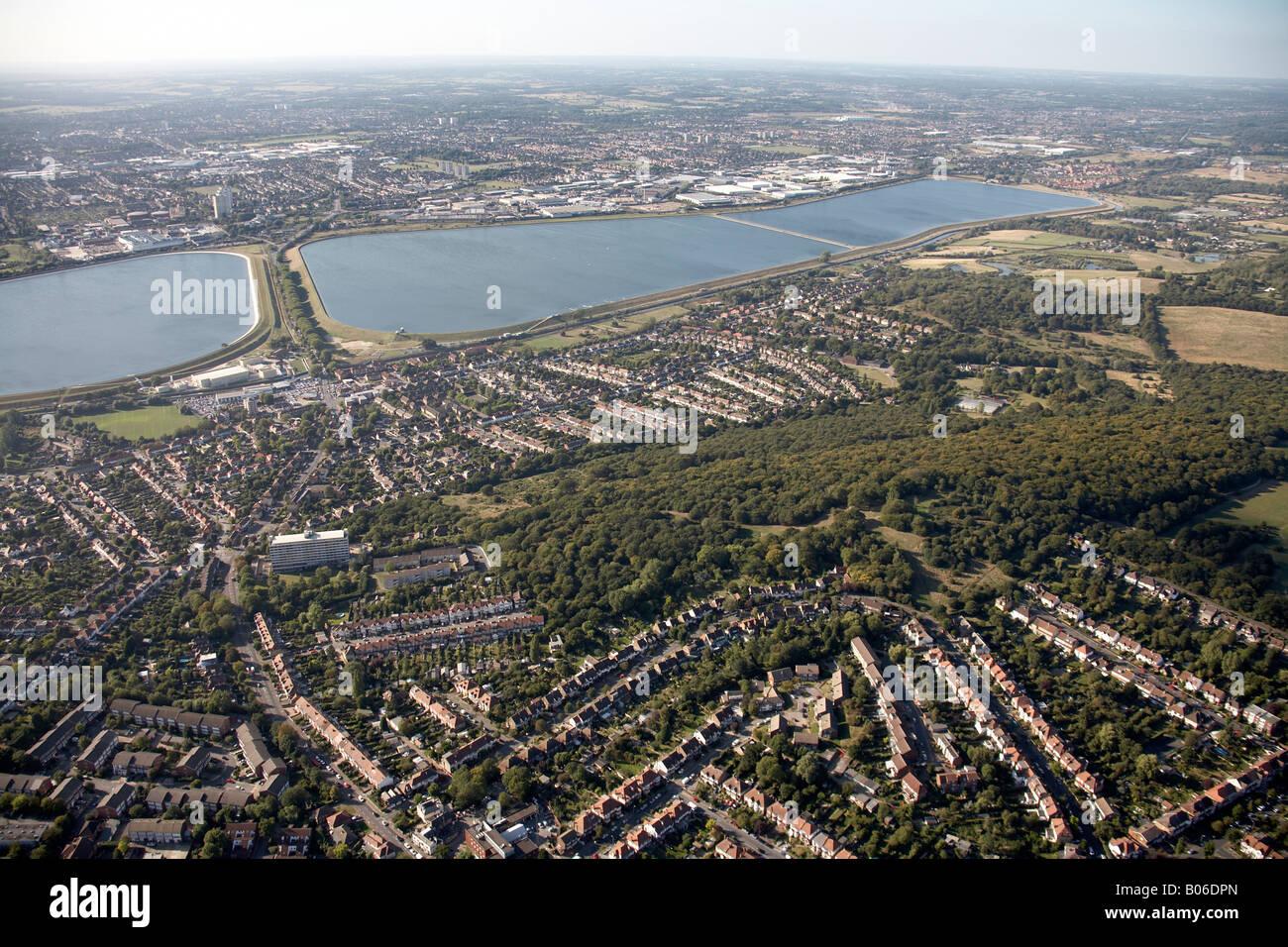 Luftbild Norden westlich von William Girling und King George s Reservoir Enfield London EN3 E4 England UK Stockbild