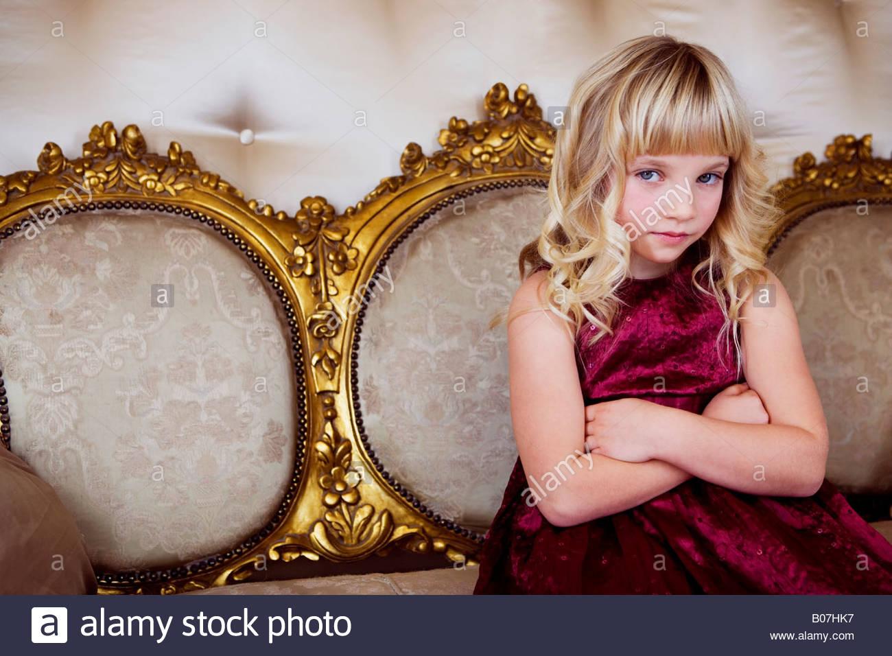 Wunderbar Junge Mädchen Parteikleider Fotos - Brautkleider Ideen ...