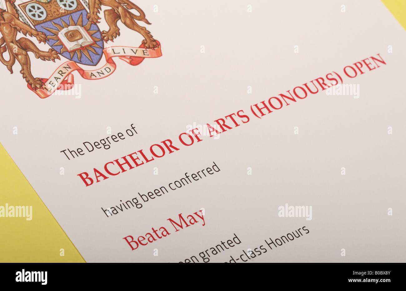 Bachelor Of Arts Stockfotos & Bachelor Of Arts Bilder - Alamy