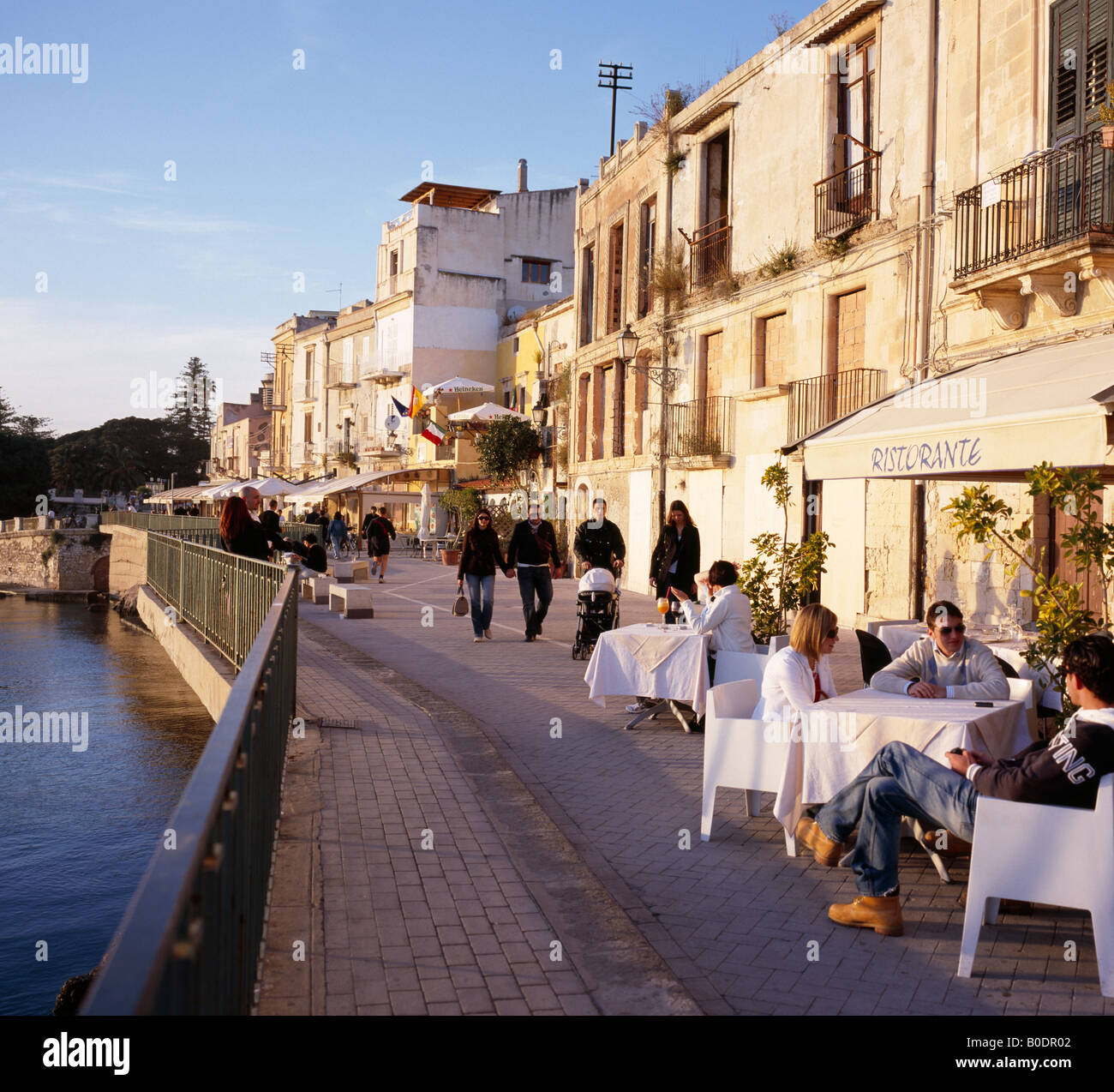 Am Ufer Restaurants Ortygia oder Ortigia Siracusa oder ...
