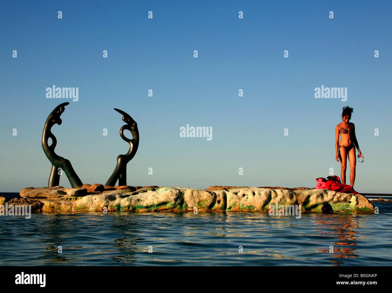 Schwimmbad und Skulptur Fairy Bower pool Manly Australien Stockbild