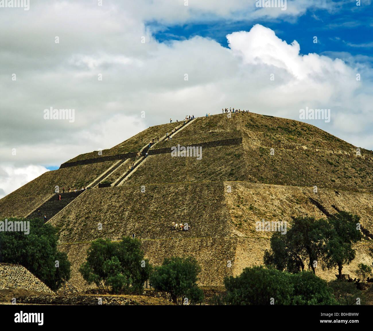 Pyramide der Sonne in Teotihuacan, aztekische Zivilisation in der Nähe von Mexiko-Stadt, Mexiko, Mittelamerika Stockbild